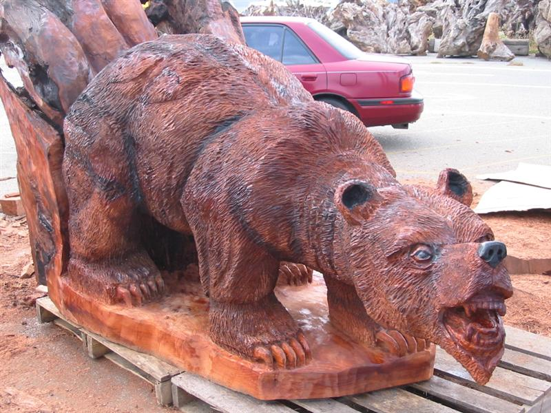 Large Grizzly Bear Carving