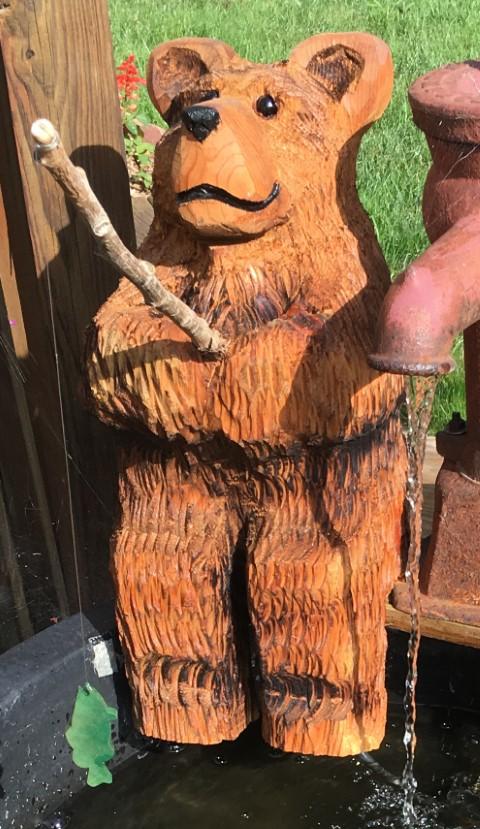 13 fishing bear cedar chainsaw carving