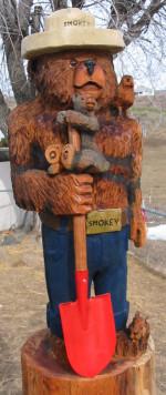 4' Smokey and Friends + 4' Beaver Enjoying a Log  ** Local Pickup ** - Product Image